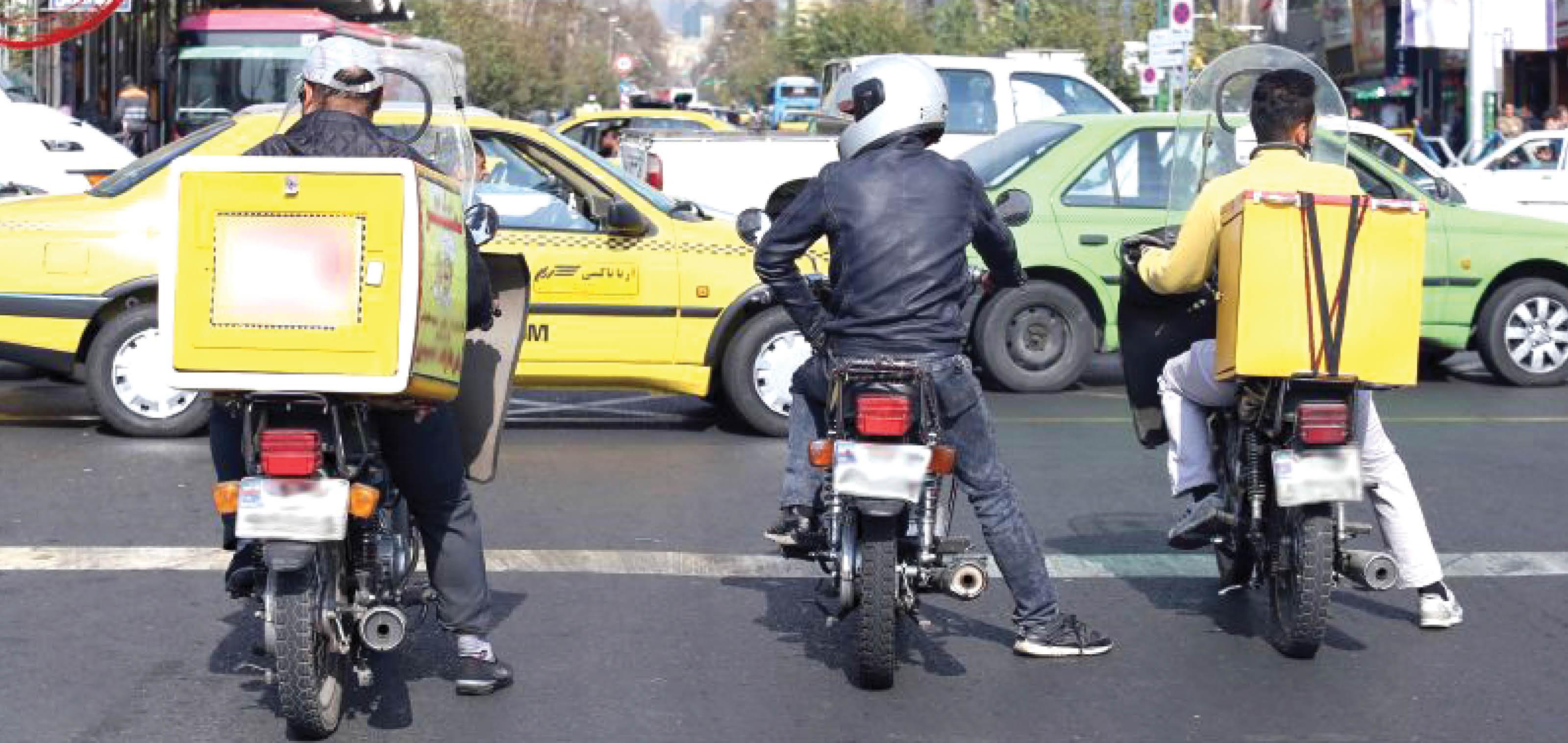 پیک موتوری ها؛ جاماندگان دیگری از سهمیه بندی بنزین/ این بار بنزین گریبان گیر قشر ضعیف شد